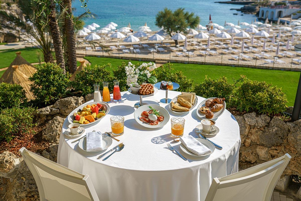 Grotta-Palazzese-Beach-Hotel-colazione-05340