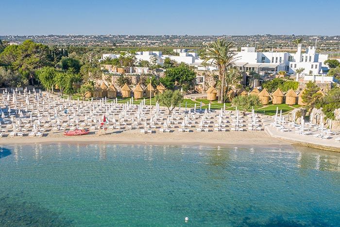 Spiaggia Grotta Palazzese Beach Hotel
