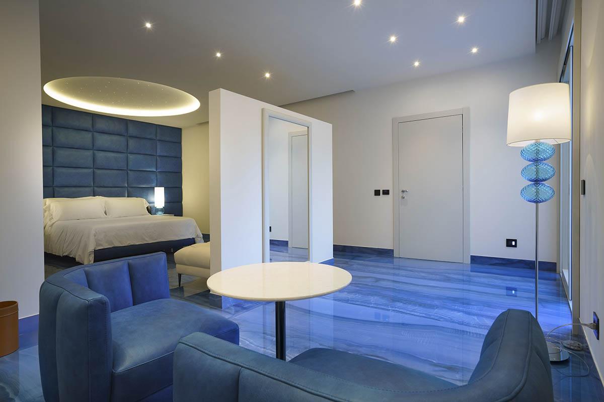 955_3-Grotta-Palazzese-Beach-Hotel
